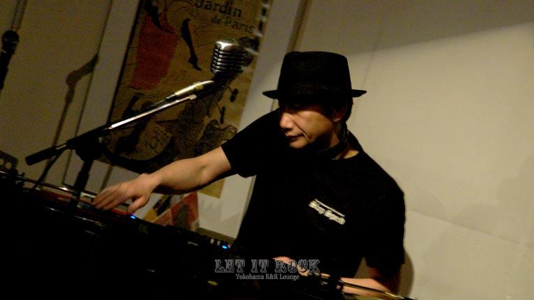 "DJ ""Ichimaru"" LET IT ROCK"