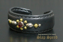 【FLAT FIELD】Studs Bangle RED