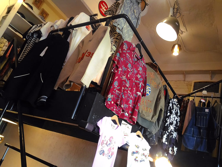 """BOPPER'S Fine Clothing"" Kobe Kasuganomichi"