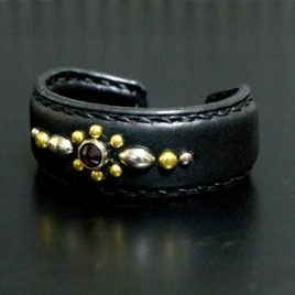 【FLAT FIELD】LEATHER BANGLE(Bracelet) STUDS×RED